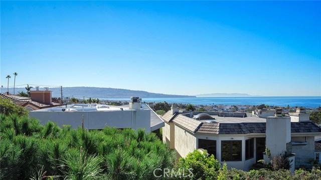868 5th Street, Manhattan Beach, California 90266, 4 Bedrooms Bedrooms, ,2 BathroomsBathrooms,For Sale,5th,SB20240234