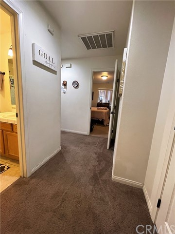 23. 6958 Mohawk Trail Yucca Valley, CA 92284