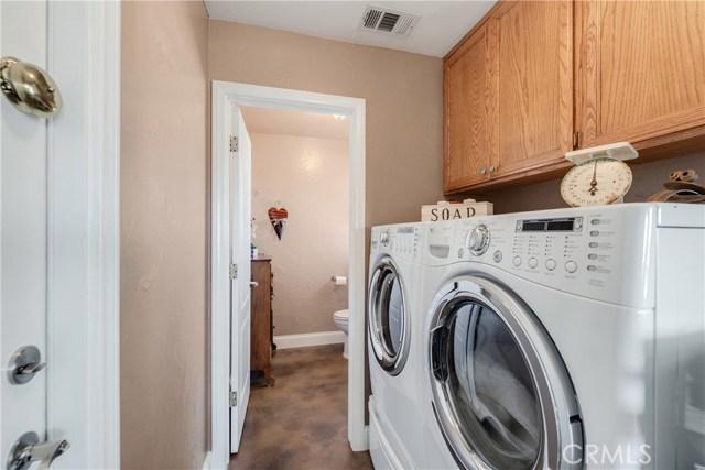 10260 Whitehaven St, Oak Hills, CA 92344 Photo 24