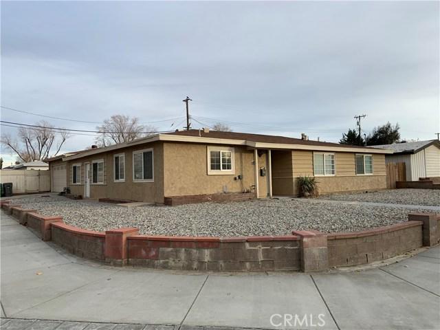 43758 Gadsden Avenue, Lancaster, CA 93534