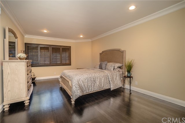 17421 Klee St, Sherwood Forest, CA 91325 Photo 24