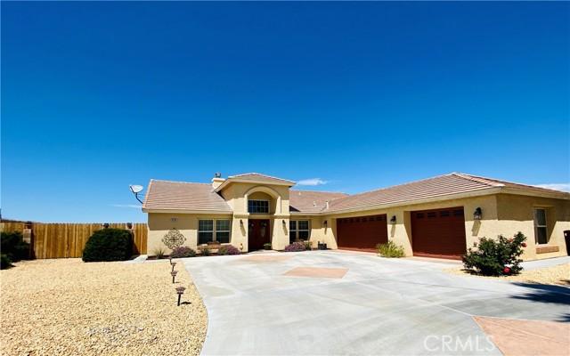 8568 Bolero Dr, Yucca Valley, CA 92284 Photo