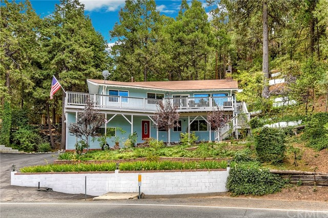 24433 San Moritz Drive, Crestline, CA 92325
