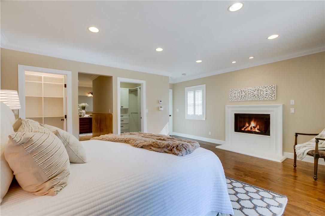 27. 1464 Oakdale Street Pasadena, CA 91106