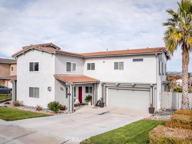 1320 Laura Court, Templeton, CA 93465