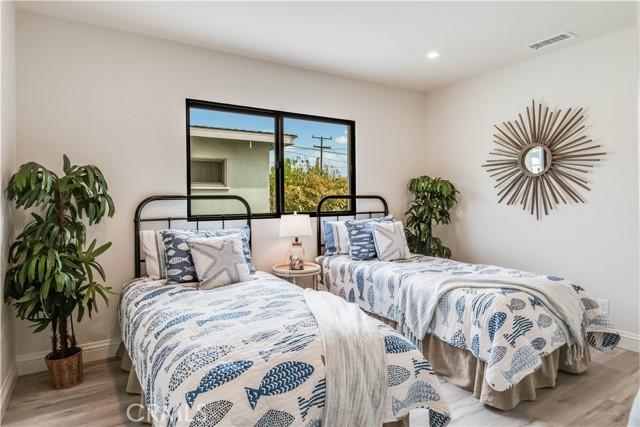 21. 521 N Paulina Avenue Redondo Beach, CA 90277