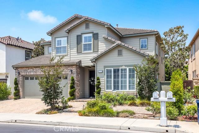 18561 Amalia Lane, Huntington Beach, CA 92648