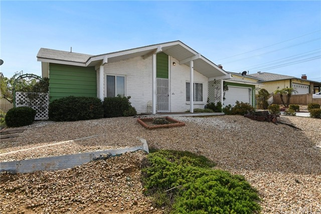 26025 Chambers Avenue, Sun City, CA 92586