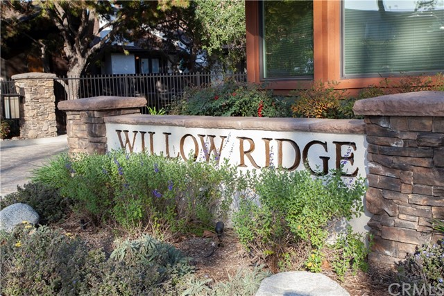 2500 E Willow Street 101, Signal Hill, CA 90755