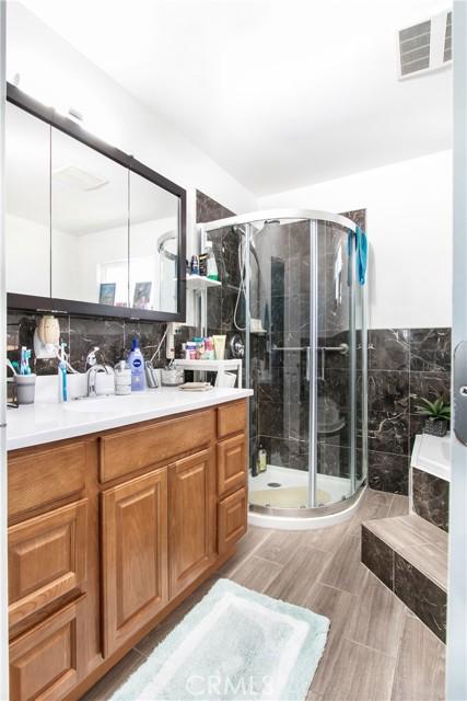 Master Bath upstairs