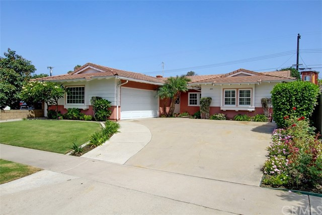 6061  Kimberly Drive, Huntington Beach, California