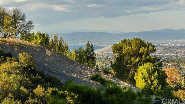 1 Poppy Trail, Rolling Hills, CA 90274