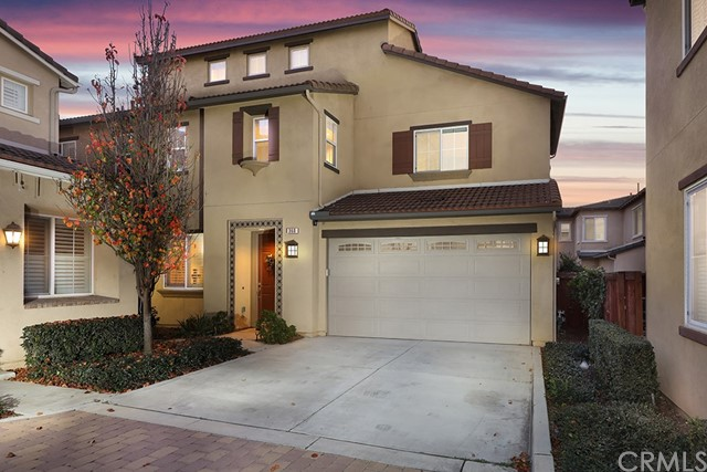 360 W Pebble Creek Lane, Orange, CA 92865