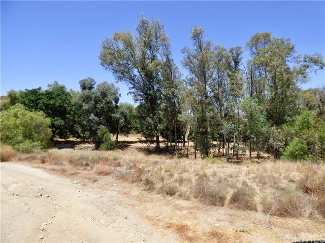 71 Hawkins Court, Juniper Flats, CA 92567 Photo 15