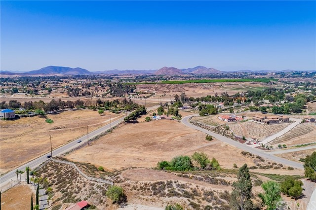 40460 Chaparral Dr, Temecula, CA 92592 Photo 1