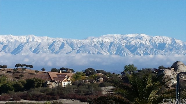 22975 Sky Mesa Rd, Juniper Flats, CA 92548 Photo 3