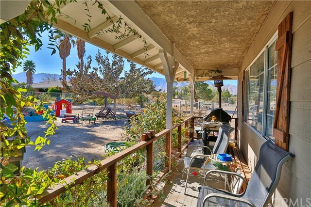 10054 Trade Post Rd, Lucerne Valley, CA 92356 Photo 4