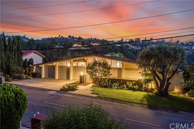 19 Martingale Drive, Rancho Palos Verdes, California 90275, 5 Bedrooms Bedrooms, ,4 BathroomsBathrooms,Single family residence,For Sale,Martingale,PV18183628