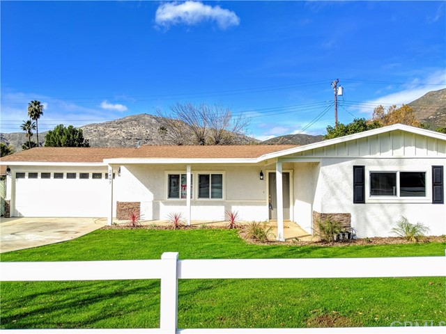 2407 Armstrong Road, Riverside, CA 92509