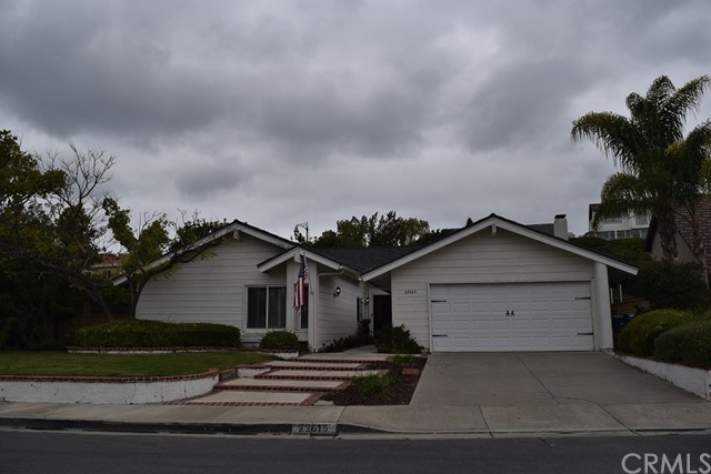 22615 Albares, Mission Viejo, CA 92691
