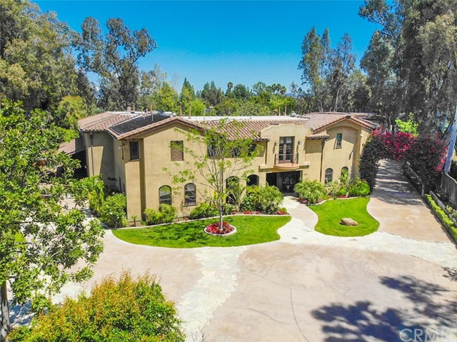 Photo of 560 S Peralta Hills Drive, Anaheim Hills, CA 92807