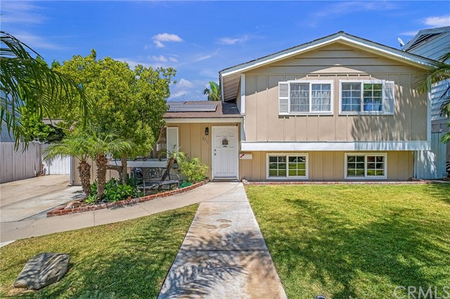 2711 E Wilson Avenue, Orange, CA 92867