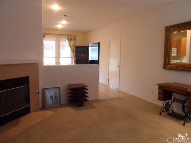 Image 4 For 65565 Acoma Avenue 138