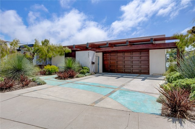 807 Paulina Avenue, Redondo Beach, California 90277, 5 Bedrooms Bedrooms, ,2 BathroomsBathrooms,For Sale,Paulina,SB20058130