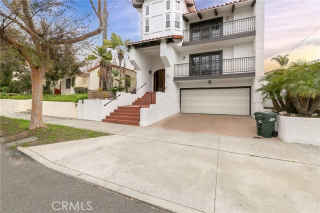 224 Francisca Avenue A, Redondo Beach, California 90277, 4 Bedrooms Bedrooms, ,4 BathroomsBathrooms,For Rent,Francisca,SB19042302