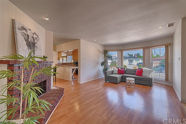 16605 Ermanita Avenue, Torrance, CA 90504