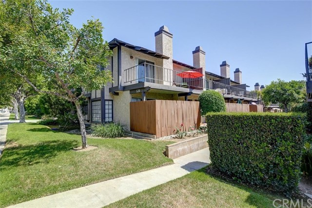 530 W Foothill Bl, Monrovia, CA 91016 Photo