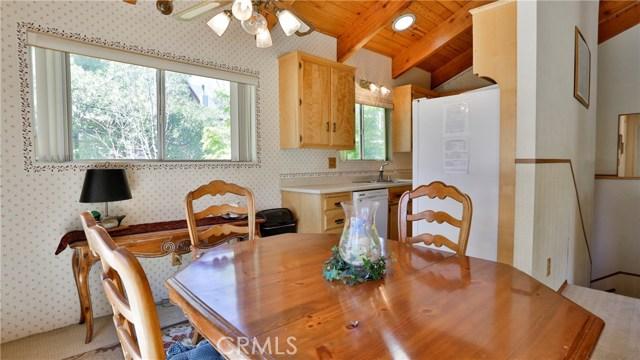 32998 Canyon Dr, Green Valley Lake, CA 92341 Photo 11