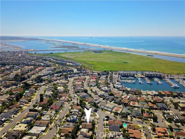 16992 Saybrook Lane, Huntington Beach, CA 92649
