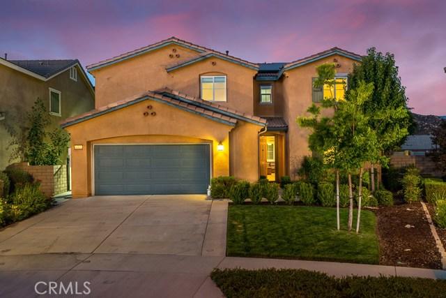 4063 Bristlecone Pine Lane, San Bernardino, CA 92407