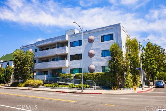 1930 N Vermont Avenue 208, Los Angeles, CA 90027