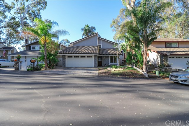 24372 Woodwalk Road, Lake Forest, CA 92630