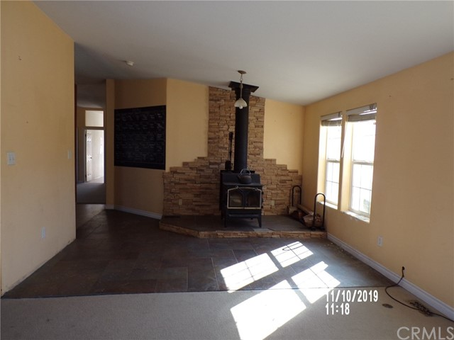8380 Fairlane Rd, Lucerne Valley, CA 92356 Photo 5