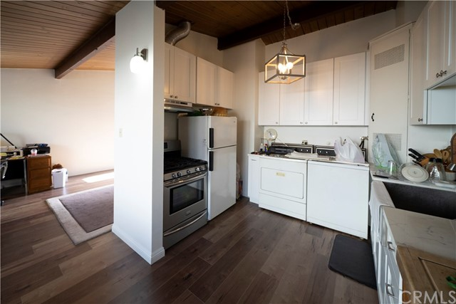 4419 W Rosecrans Avenue, Hawthorne, CA 90250