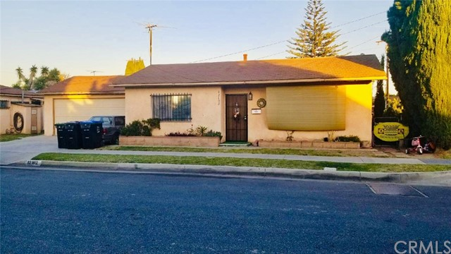 12100 216th Street, Hawaiian Gardens, CA 90716