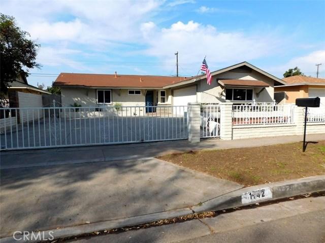 1142 S Nakoma Drive, Santa Ana, CA 92704