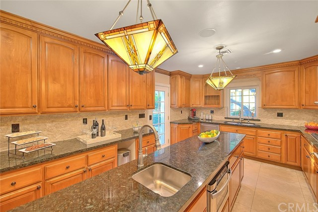 Image 29 of 2680 N Mountain Ave, Upland, CA 91784