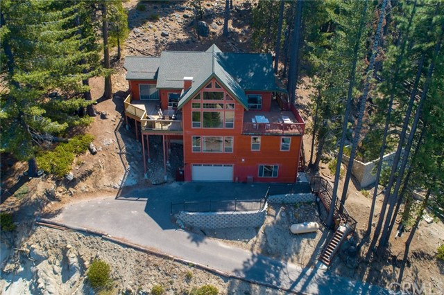 7512 Henness Ridge Road, Yosemite, CA 95389