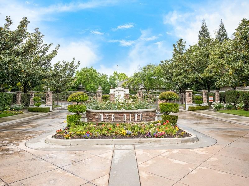 4578 W Polo Creek Court, Fresno, CA 93722