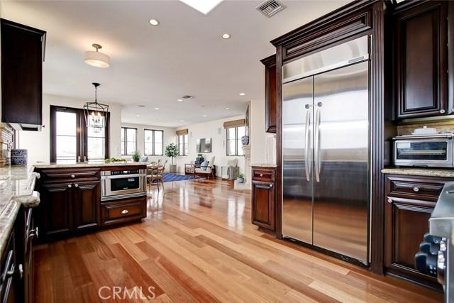 320 33rd Place, Manhattan Beach, California 90266, 3 Bedrooms Bedrooms, ,3 BathroomsBathrooms,For Sale,33rd,SB20230009