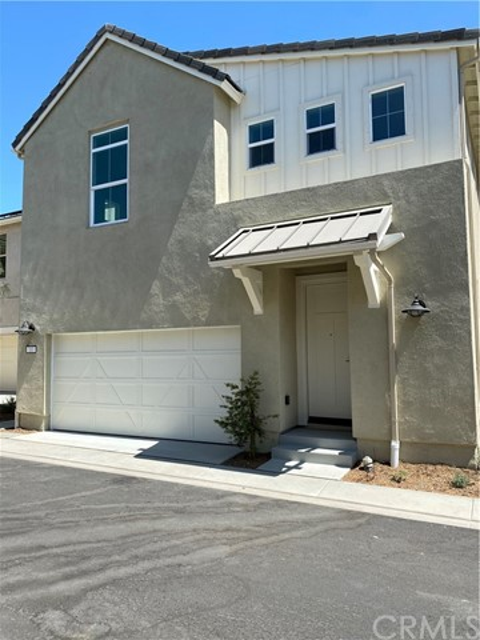 4232  Powell Way, Corona, California