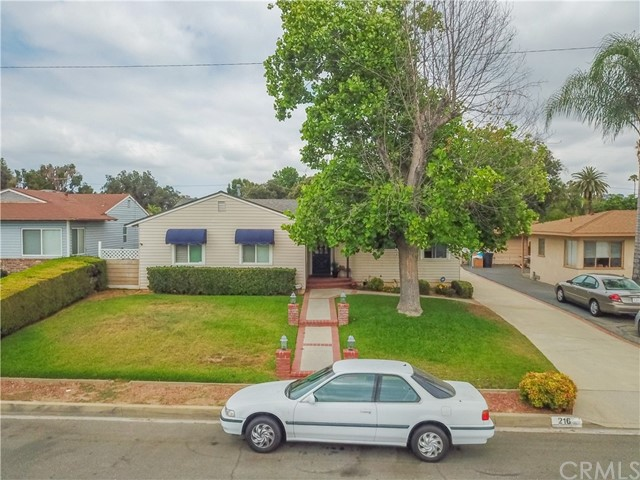 2. 216 S Meadow Road West Covina, CA 91791