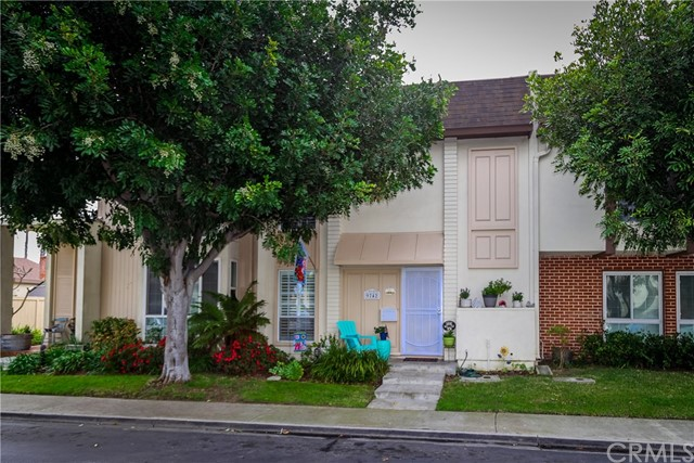 9742 Villa Pacific Drive, Huntington Beach, CA 92646