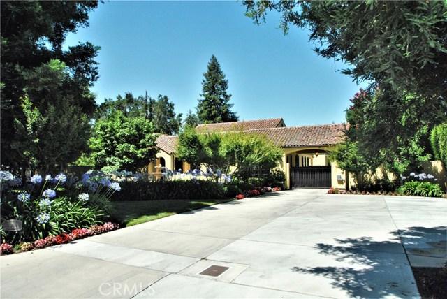 305 N Fairway Street, Visalia, CA 93291