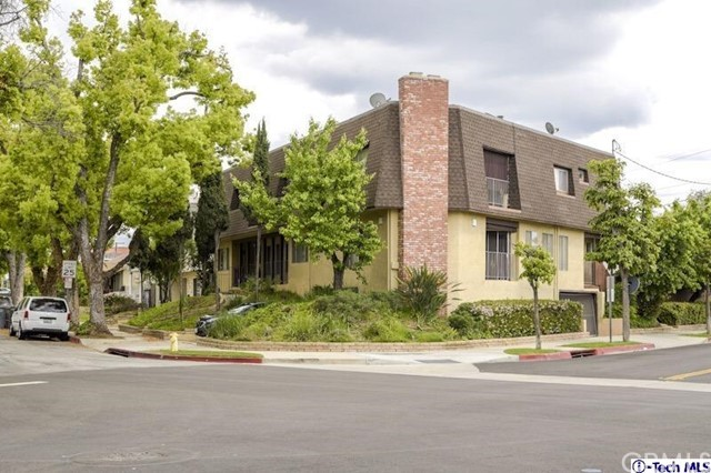 582 Palm Drive 1, Glendale, CA 91202
