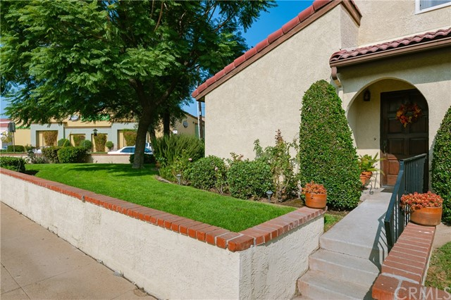 233 W Mission Road, San Gabriel, CA 91776